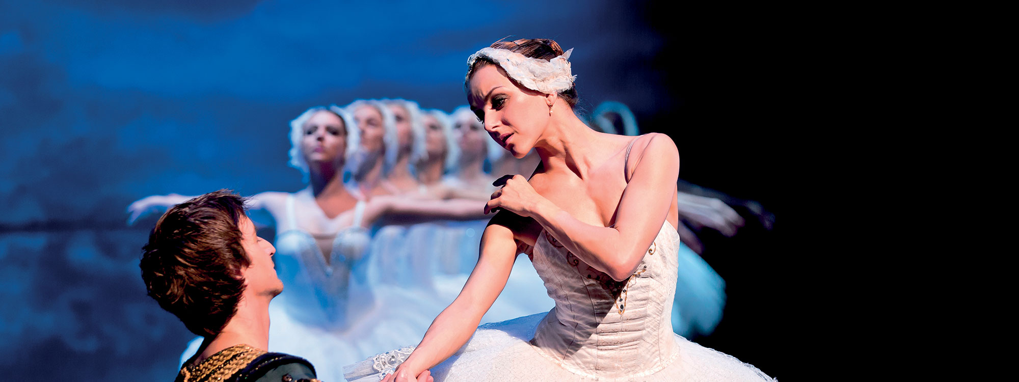 Ballet performance Swan Lake at the Theater Hybernia. Tickets on sale from September 2020
